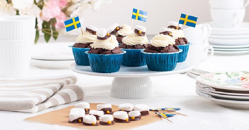 Chokladmuffins med frosting och smörkräm med Toppits