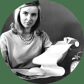 Kvinna med första bakplåtspappret