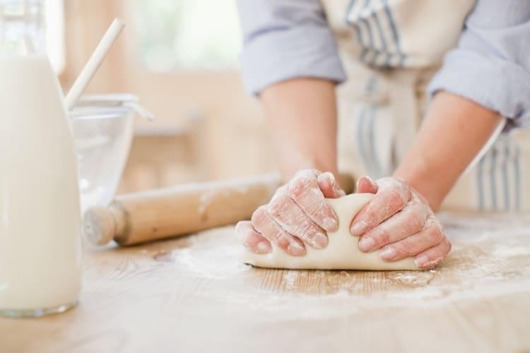 Smet och deg till bakning